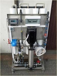 Urządzenie do demineralizacji wody metodą odwróconej osmozy